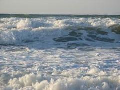 Poluare in Marea Neagra dupa ce o conducta de petrol a fost sparta de hoti