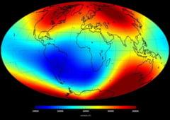 Polul nord magnetic s-a deplasat spre Rusia: Se inverseaza polii Pamantului?