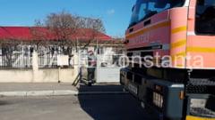Pompierii, in alerta. Sunt solicitati la un incendiu in Palazu Mare (galerie foto)