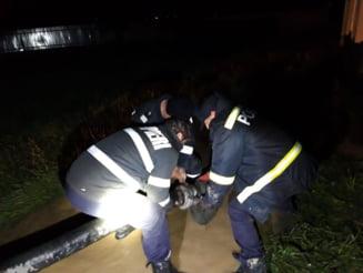 Pompierii au intervenit la inundatiile din judet