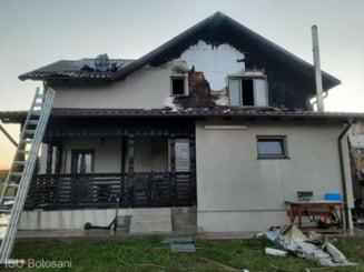 Pompierii din Botosani s-au chinuit cinci ore sa stinga un incendiu izbucnit la o casa din cauza unui cos de fum neizolat