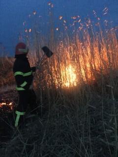 Pompierii din cadrul ISU Tulcea au intervenit in apropiere de Malcoci