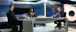 Ponta: Eu ma uit la Iohannis, el se uita pe pereti. Iohannis: Uneori e mai interesant