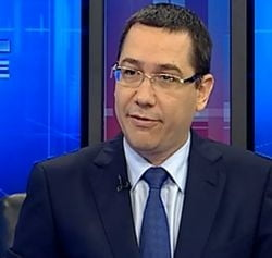 Ponta: Ii propun lui Basescu sa demisionam amandoi si sa chemam oamenii la vot