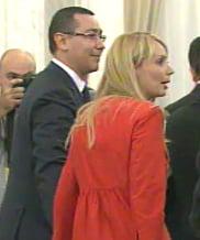 Ponta, cadou pentru Charles si Merkel de la Daciana (Video)
