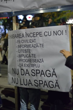 Ponta, despre #Colectiv: Cine cauta avantaje politice va fi pedepsit de oameni sau de Dumnezeu