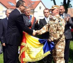 Ponta, la Ziua Armatei: Nu m-am intalnit cu Basescu. Nu a fost nimeni nici fluierat, nici huiduit
