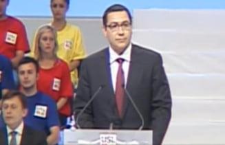 """Ponta, la mitingul USL: Scandarea """"Jos Basescu!"""" este a tuturor romanilor"""