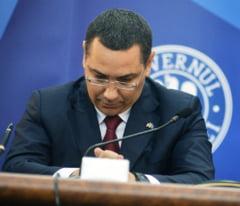 Ponta a plagiat - Ce urmeaza: Mai poate ramane avocat? Va fi pus sa dea niste bani inapoi? Risca un proces penal?