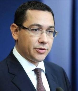 Ponta a plecat in Turcia sa se opereze la genunchi (surse)