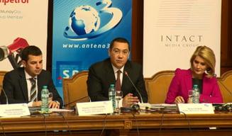 Ponta discuta luni varianta unei actiuni parlamentare privind demisia lui Basescu (Video)