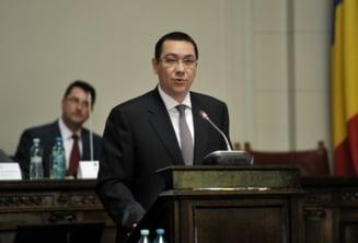 "Ponta ii paseaza lui Manescu ""cartoful"" CFR Marfa"