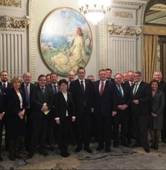 Ponta s-a intalnit cu ambasadorii statelor UE la Bucuresti - ce au discutat
