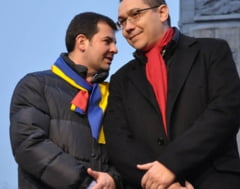 Ponta si Constantin isi petrec Revelionul in Parcul Bucegi