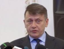 Ponta vrea prelungirea mandatului comisiei Rosia Montana, Antonescu se opune