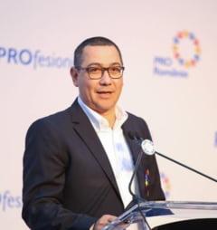 """Ponta vrea referendum pentru paduri si il acuza pe Dragnea ca incearca sa dea """"mita"""" cultelor religioase"""