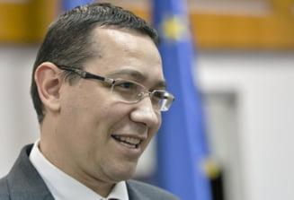 Ponta vrea sa atace punctele nerevizuibile din Constitutie. Chiuariu (PNL): Pare comic