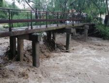 Populatia din localitatile Rediu si Radauti Prut din judetul Botosani, informata despre iminenta producerii de inundatii