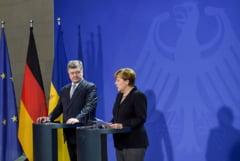 Porosenko acuza Rusia: Trimite in continuare arme si oameni in Ucraina