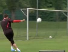 Portarul care i-ar face invidiosi pe Messi si Ronaldo, cu executiile sale incredibile (Video)