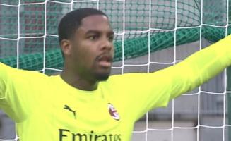 """Portarul lui AC Milan, victimă a insultelor rasiste în Italia: """"Sunt Mike, în picioare, negru şi mândru"""""""