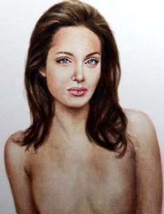 Portret cu Angelina Jolie fara sani, scos la licitatie