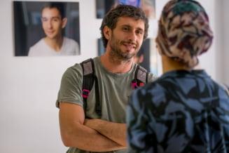 """Portretul lui Dragos Bucur, prezentatorul emisiunii """"Visuri la cheie"""". Momentele in care a starnit controverse in spatiul public, alaturi de sotia Dana Nalbaru"""
