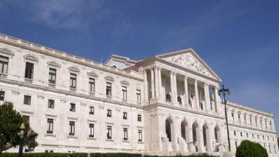 Portugalia, cea mai dura austeritate din ultimii 50 de ani - Presa internationala