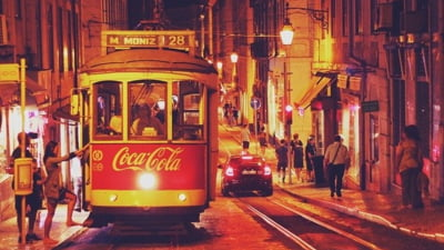 Portugalia impune certificat de vaccinare sau test negativ pentru clientii hotelurilor si restaurantelor. Tara inregistreaza peste 3.000 de cazuri zilnice
