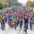 """Posibile restricții de trafic în București. Protest al bicicliștilor: """"Vrem orașe pentru oameni"""""""