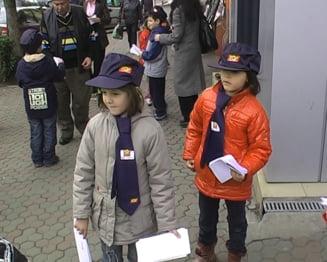 Postasii ii trimit pe copii in vizita la Mos Craciun