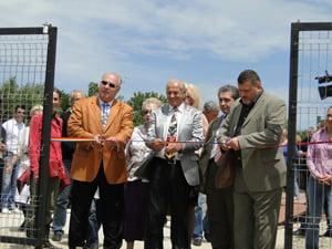Poteras a inaugurat Centrul de Sterlizare, Dresaj si Adoptie canina (Video)
