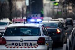 Poveste demna de filmele de comedie: doi politisti de la Rutiera au ratat capturarea a trei tone de cocaina pentru ca s-au lacomit la o spaga de 1.000 de euro