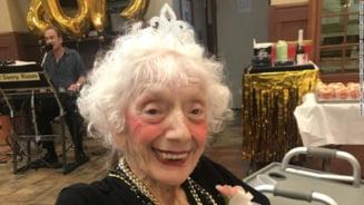 Povestea Angelinei Friedman, femeia de 102 ani care a supravietuit gripei spaniole si cancerului si a invins coronavirusul de doua ori