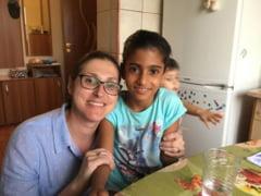 Povestea Sorinei, fetita din Baia de Arama care traieste acum visul american alaturi de familia sa adoptiva