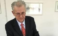 """Povestea lui Liviu Boar, cel mai longeviv director al Arhivelor Nationale. """"Am gasit documente deosebit de importante privind istoria romanilor"""""""