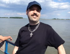 Povestea luminoasa a nevazatorului Radu Vasile - de la somer, la programator profesionist Interviu