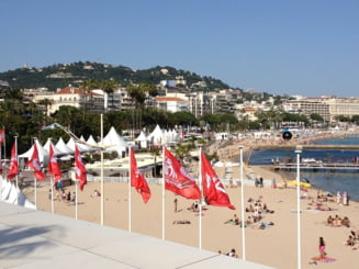 Povestea prostituatelor romance care au cucerit Coasta de Azur