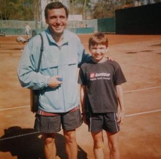 Povestea unei fotografii care a facut istorie: Simona Halep, alaturi de Gica Hagi pe terenul de tenis