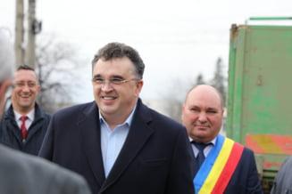Prabusirea lui Marian Oprisan, sustinatorul amnistiei si gratierii. Baronul local al PSD care conduce Vrancea de 20 de ani