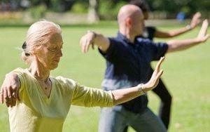 Practicile Tai Chi amelioreaza durerile cauzate de artrita