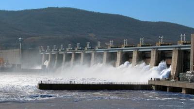 """Președintele Hidroelectrica: """"Furnizorii de energie fac speculații pe bursă și refuză să cumpere electricitate mai ieftină, pe termen lung"""""""