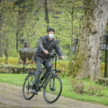 Președintele Klaus Iohannis, din nou pe bicicletă către Palatul Cotroceni
