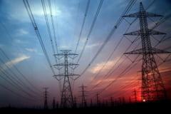 Preţul energiei pe bursă a crescut cu peste 200% în luna august faţă de anul trecut