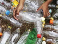 Prea mult plastic: UE obliga statele membre sa asigure apa potabila