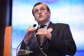 Preda: Inacceptabil ca Basescu sa nu fie chemat la conventie. Si PSD l-a invitat