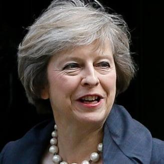 """Predare de stafeta in UK: Pleaca David Cameron, vine Theresa May, """"doamna de fier"""" care va negocia Brexitul"""