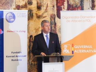 Predoiu: Macovei si MRU forteaza desemnarea lor drept candidati la alegerile prezidentiale