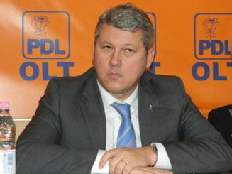 Predoiu: Ponta a incalcat Constitutia cand s-a crezut comandant suprem