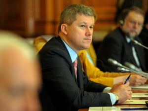 Predoiu: Sper ca Parlamentul va fi de acord cu asumarea raspunderii pe Coduri